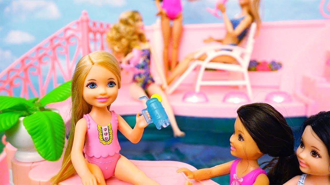 Piscina da barbie brinquedos em portugu s chelsea n o sabe for A piscina da barbie