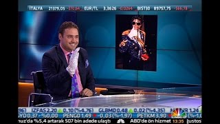 Gambar cover Superman costume - Michael Jackson crystal glove - Schindler's list worn ring