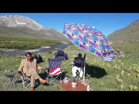 شتونگ دیوسائی نیشنل پارک گلگت بلتستان میں سیر و تفریح کے لئے آئے ہوئے افراد سے گفتگو محمد ابراہیم اس