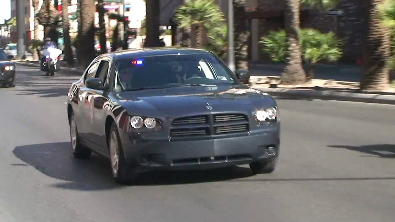 US Marshal Unmarked Dodge Charger Code 3 - YouTube