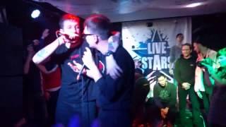 Слава Кпсс и Букер Д. Фред исполняют песню Йети Oxxxymiron'a на концерте в Москве LIVE