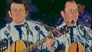 The Webb Brothers - I Won t Go Huntin With You Jake But I ll Go Chasin Women