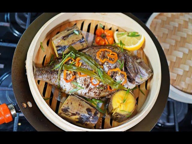 Steamed Jerk Fish With Plantain #FishFridays | CaribbeanPot.com