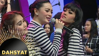 Video Zaskia Gotik nyanyi 'Bang Toyib Kawin Lagi' bareng trio CeCepy [Dahsyat] [17 Nov 2015] download MP3, 3GP, MP4, WEBM, AVI, FLV Juli 2018