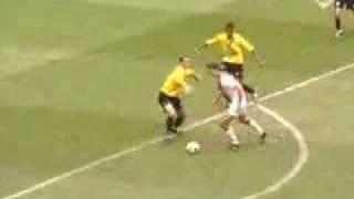Ibrahimovic (O gol mais bonito de todos os tempos)