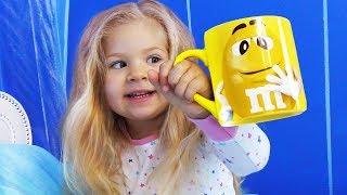 VLOG Подарки под подушкой Роме и Диане от Святого Николая Видео для детей, Video for children