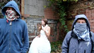 Они похитили невесту!!! Сволочи!!!