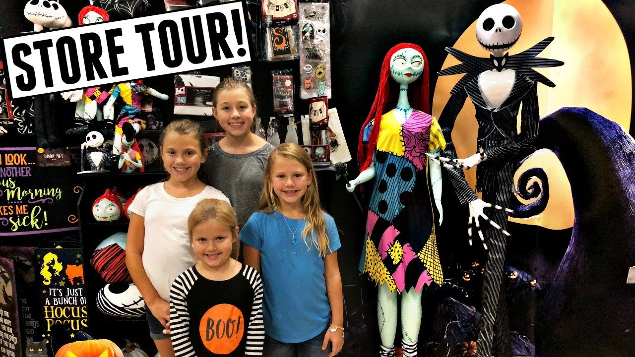 spirit halloween store tour 2018! - youtube