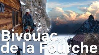 Refuge bivouac de la Fourche 3647 mètres Courmayeur Chamonix Mont-Blanc montagne alpinisme