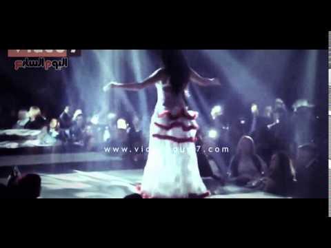 aceb85abe7409 رقصة صافيناز ليلة رأس السنة 2015 - YouTube