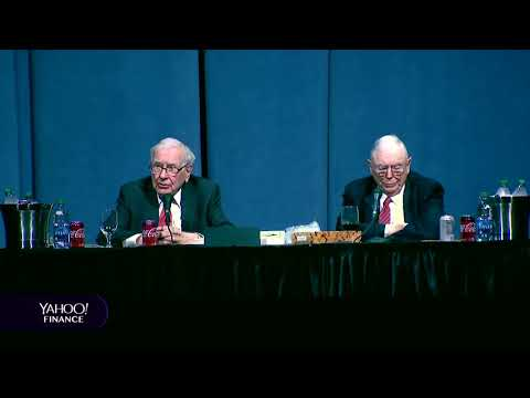 warren-buffett's-and-charlie-munger-discuss-investing-long-term-and-return-expectations