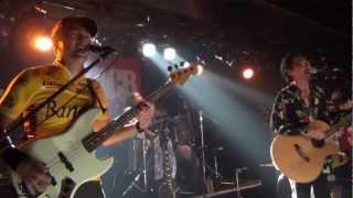 塚崎歳生追悼ライブイベント「今までのは全て嘘。」より1曲目。 ガード...