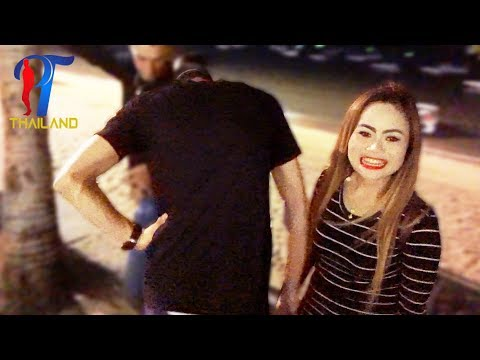 Night walk along the beach street.  Pattaya 2017, Vlog 116