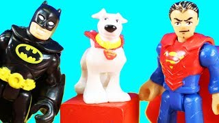 Imaginext Batman Plays Hide And Seek With The Justice League | The Joker Makes A Friend