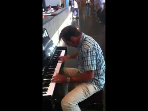 THE BEST BOOGIE WOOGIE Chris Watson at Charleroi airport