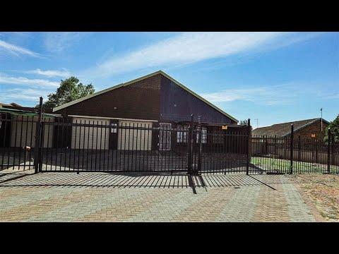 2 Bedroom House for sale in Free State   Bloemfontein   Uitsig   T164872