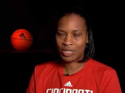 Cincinnati Bearcats Women's Basketball Vignette