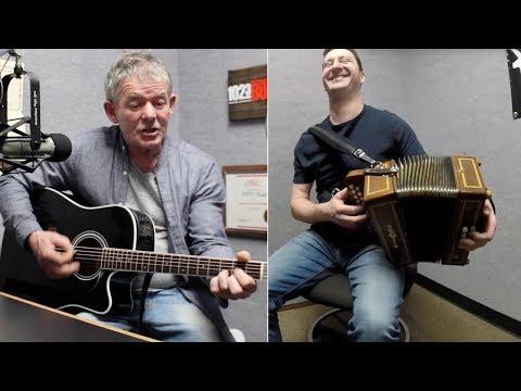 Irish Musicians Martin Byrnes and Murty Ryan - 'The Gypsy Davy' - Wichita Falls, Texas
