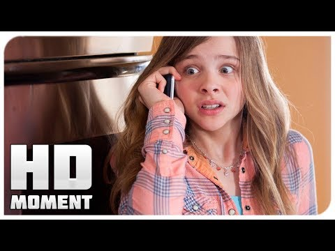 Первые месячные - Муви 43 (2013) - Момент из фильма