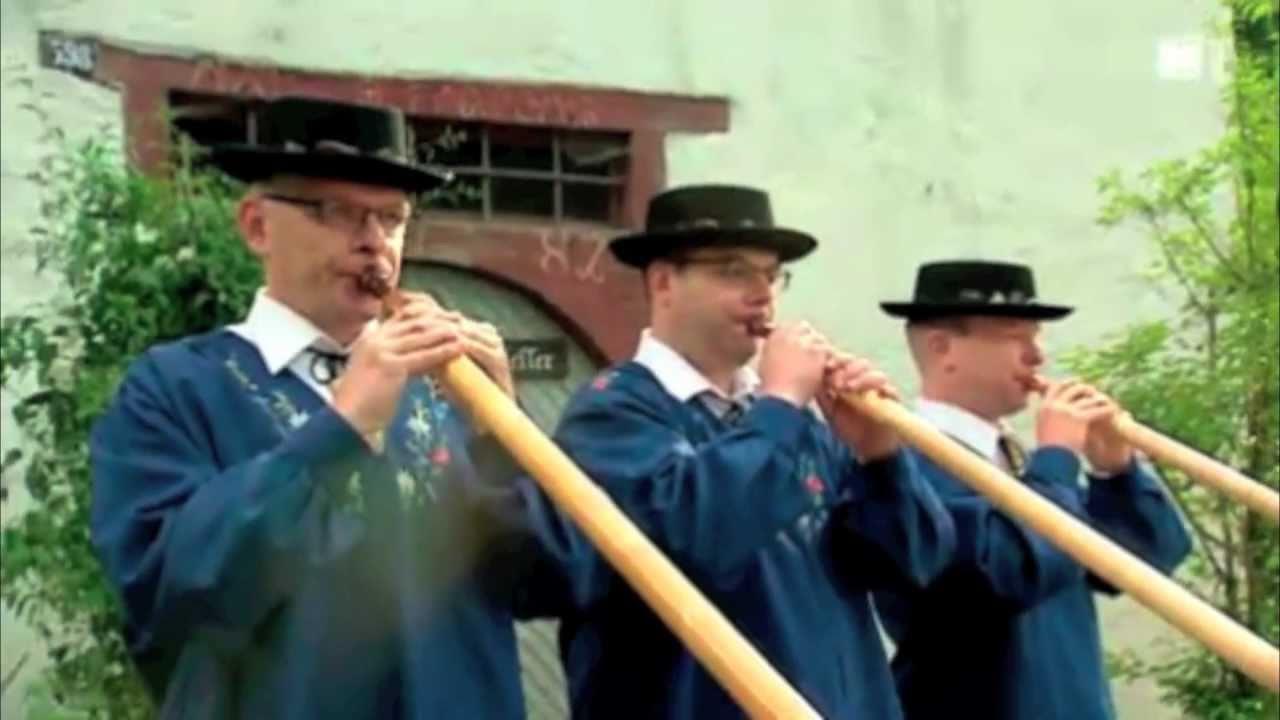 Hopp de Bäse aus Gossau mit Alphorn-Trio-Drüüeklang