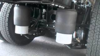 いすゞ大型トラックのエアサスペンション車高調整機能 Vehicle height adjustment air suspension for ISUZU Large size trucks