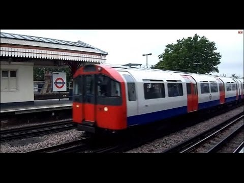 London Underground: Stamford Brook | District Line (1973 Stock - D Stock) [2012]