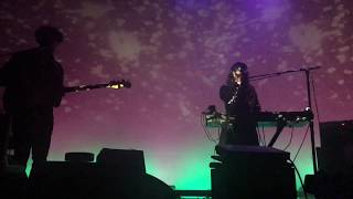 Beach House - Girl of the Year (live)