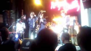 New York Dolls - Funky But Chic [Heineken Green, Madrid 17-04-2011]