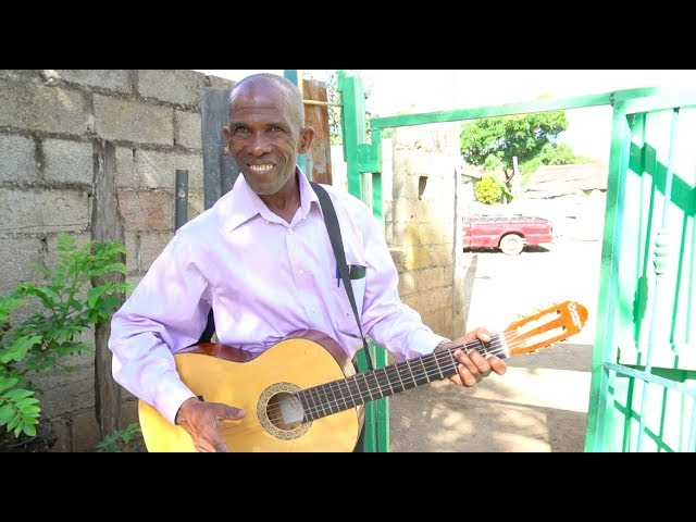 Dominican Republic Pastor Sings