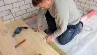 видео Стяжка на деревянный пол - технология обустройства