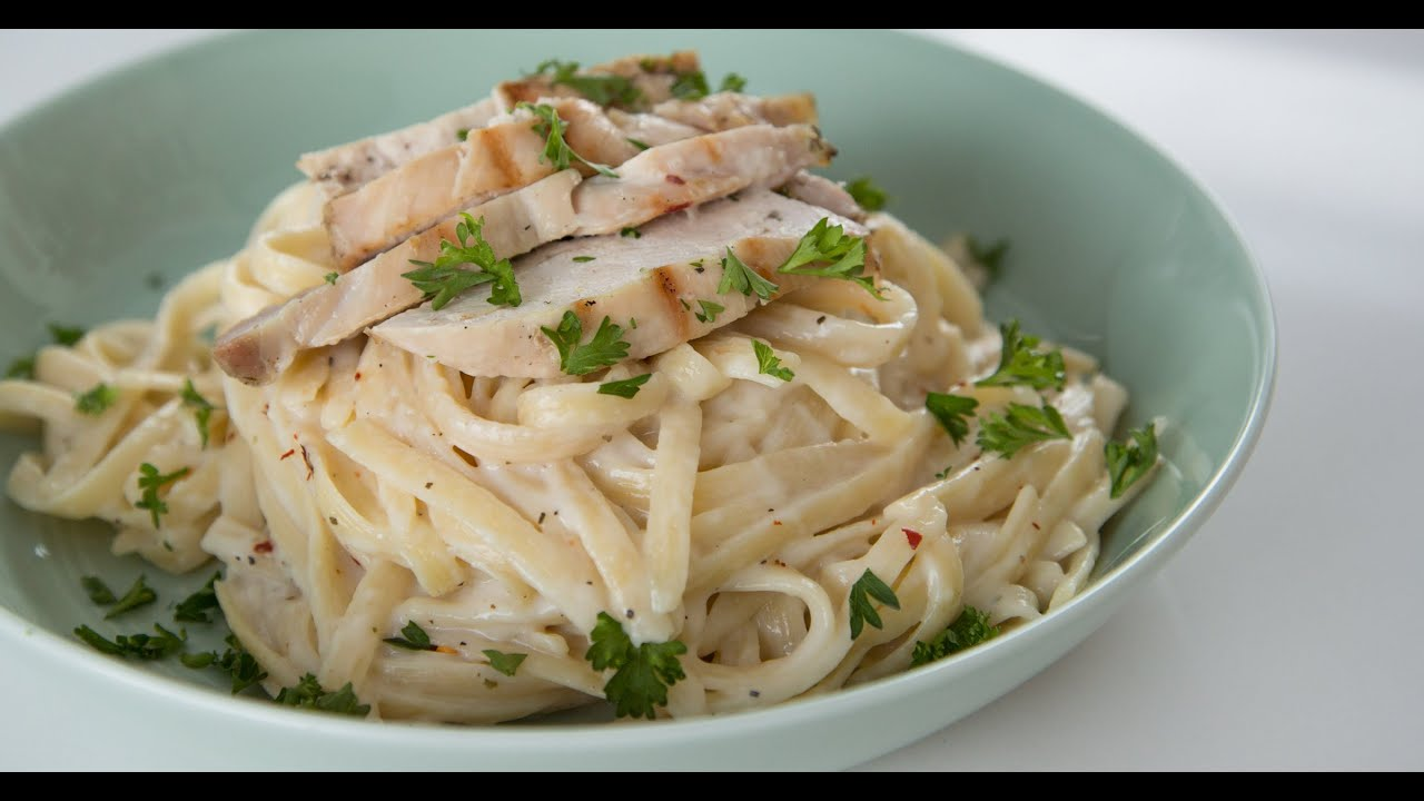 One Pot Fettuccine Alfredo With Chicken Recipe Eat The Trend Youtube
