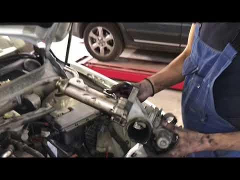 Демонтаж и мойка клапана егр Вольво хс90.