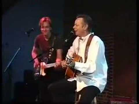 Tommy Emmanuel & Keith Urban at the 'Milano'