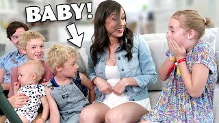 Colleen Tells the Kids She's Pregnant!