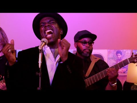 Live Retro Soul Music & Old School R&B: D-Soul Davis