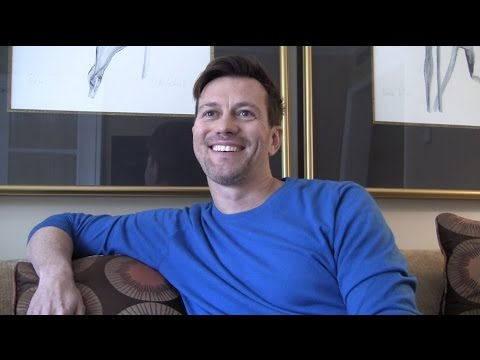 Kyle Newman Talks STAR WARS 7, Taylor Swift and CHEWIE