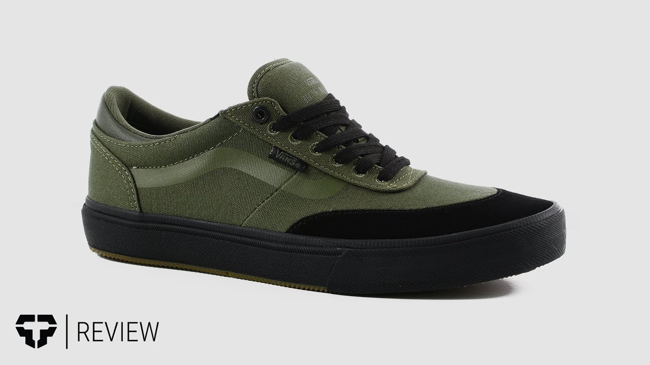 51e1ae994ad7 Vans Gilbert Crockett Pro 2 Skate Shoes Review - Tactics.com - YouTube