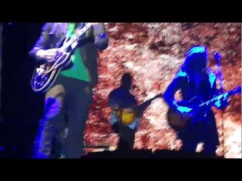 Give Love A Try - Jonas Brothers, Buenos Aires (Arg 2013)