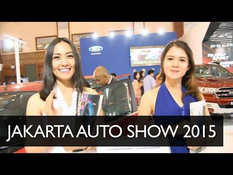 SPG di Jakarta Auto Show 2015