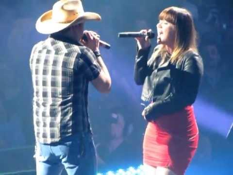 Don't You Wanna Stay - Jason Aldean & Kelly Clarkson at Bridgestone