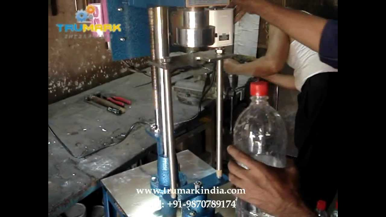Low Cost Pet Bottle Chuck Capping Machine Carbonated Soda