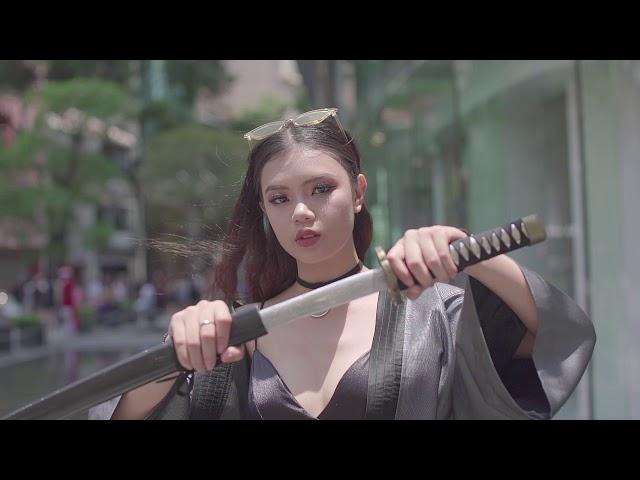 THE BEST STREET STYLE DAY 04 | VIETNAM INTERNATIONAL FASHION WEEK SPRING SUMMER 2018