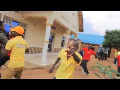 Baguwe Gitumo Bakora zanzoga   Batwirutseho Turaruha   Bari batwishe dore ko twigenje