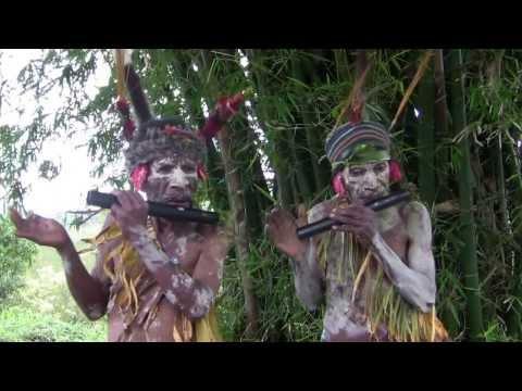 PNG Traditional music: Nebare kupah 7