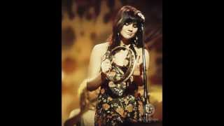 Watch Linda Ronstadt Break My Mind video