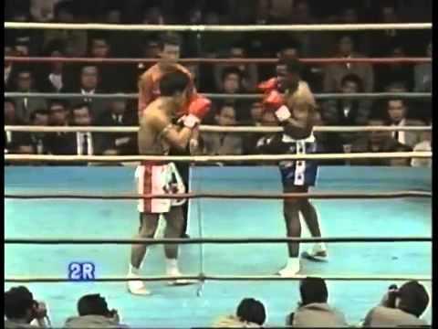 UK Muay Thai Legends: Ronnie Green vs Sakad Petchyindee