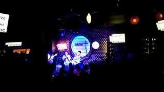 Thành Phố Trẻ ( Acoustic Bar )