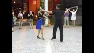 豐田舞蹈社--國標舞-吉魯巴3步-103 07 09(謝宗順老師及春梅老師表演)