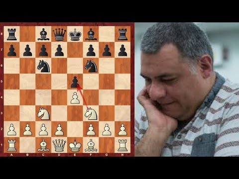 Chess Openings: Halloween Gambit - a fun opening for Blitz chess!