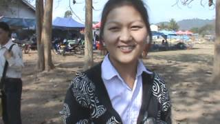 BEAUTIFUL HMONG GIRL AT THE LUANG PRABANG NEW YEAR 2013- MAIV XYOOJ- FREE PHONE NUMBER